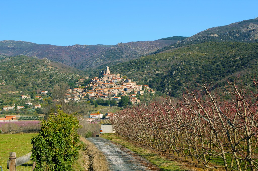 hilltop village of Eus