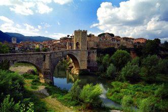 besalu-poble-catalan