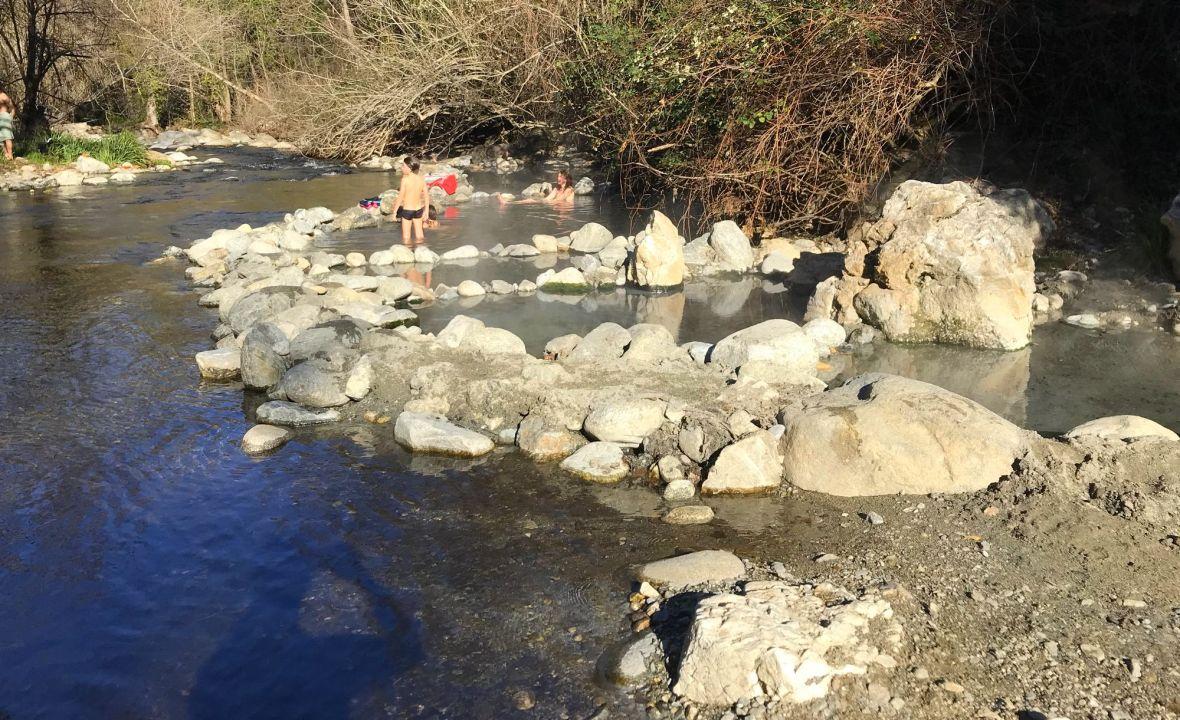 bains canaveilles source chaude montagne