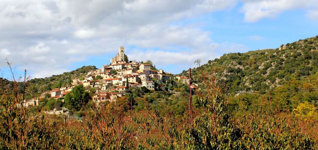 éco village - Eus - Pyrénées Orientales
