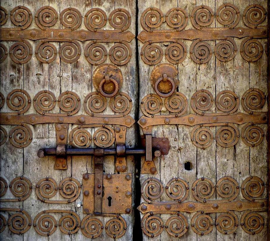 door roman church pyrenees