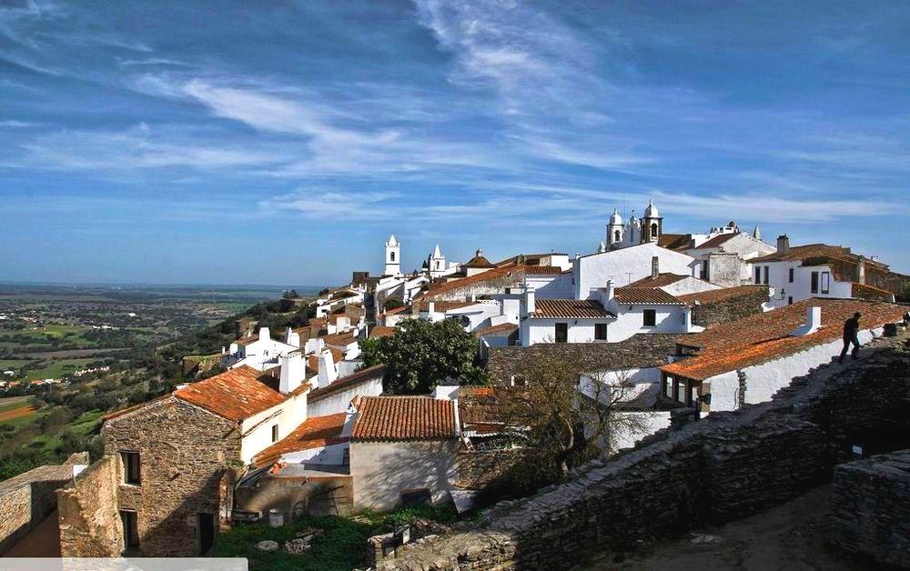 Monsaraz plus beau village du Portugal