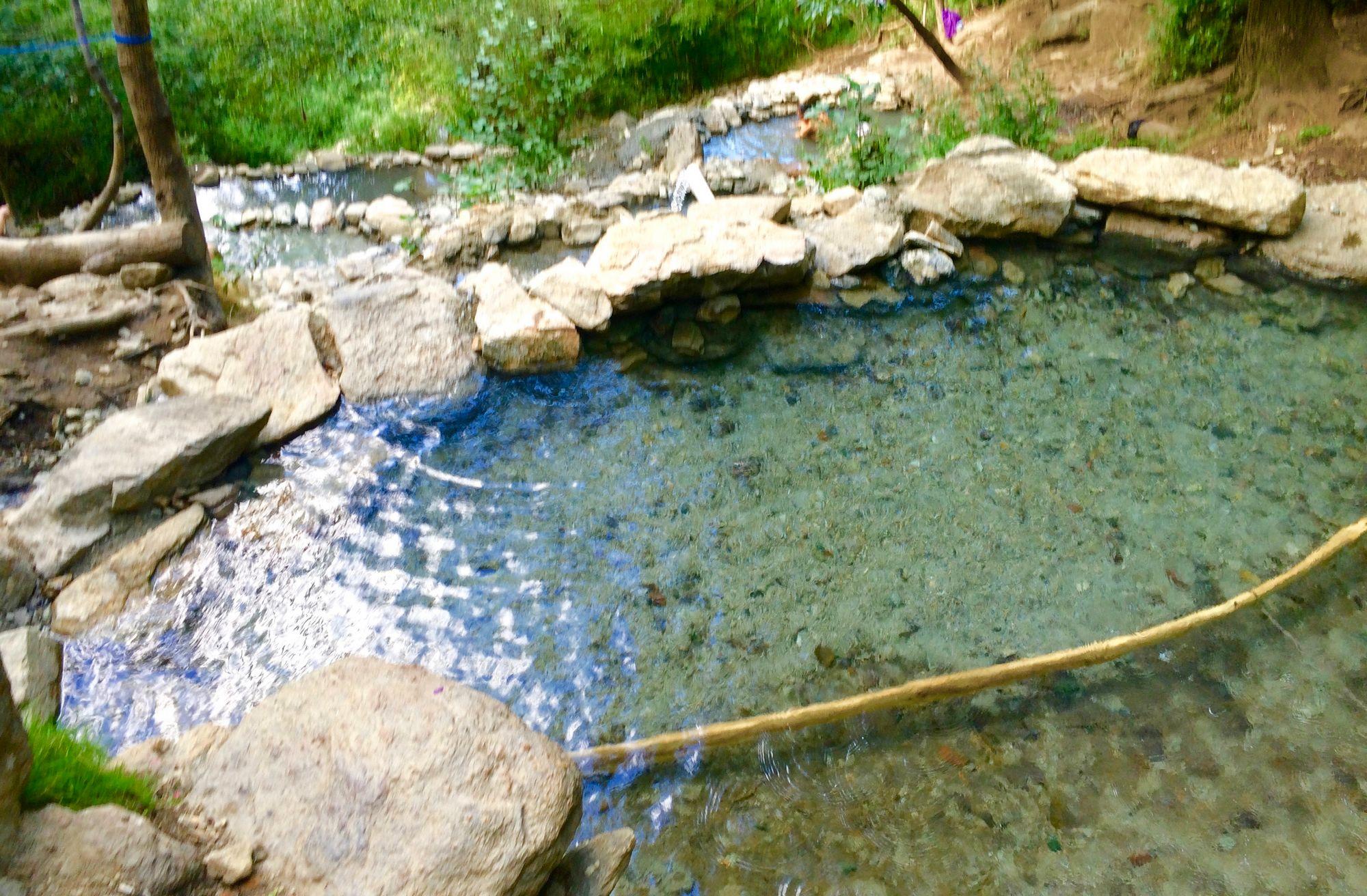 bains-chaud-sauvages-gratuits