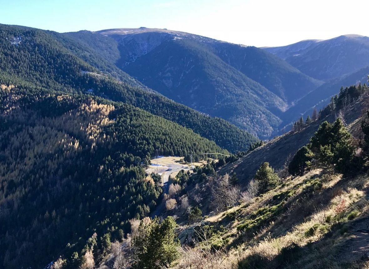Départ de la randonnée depuis le Col de Mantet 1760m tres estrellas
