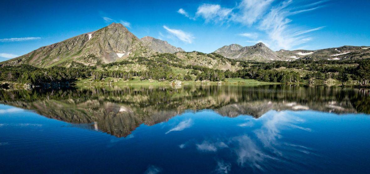 naviguer montagne lac paddle