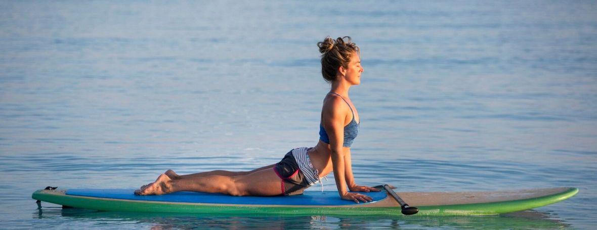 yoga paddle sup lac montagne randonnee