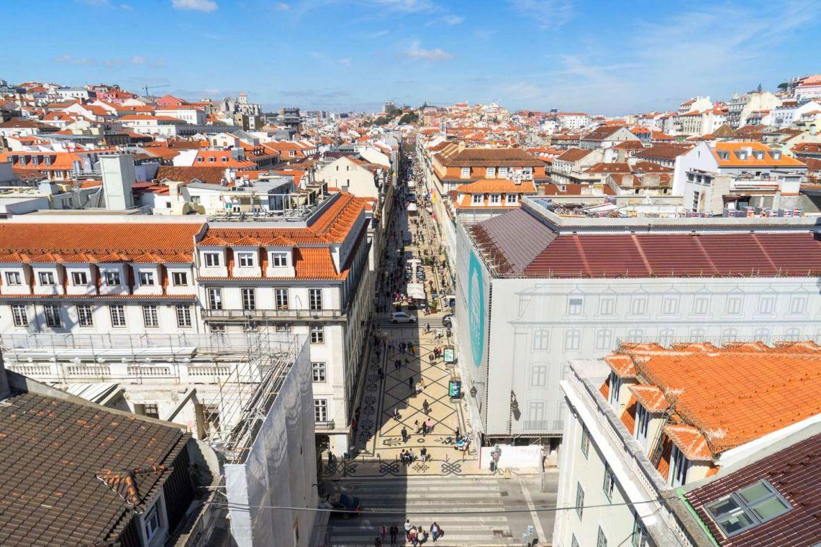 Les toits du centre ville de Lisbonne