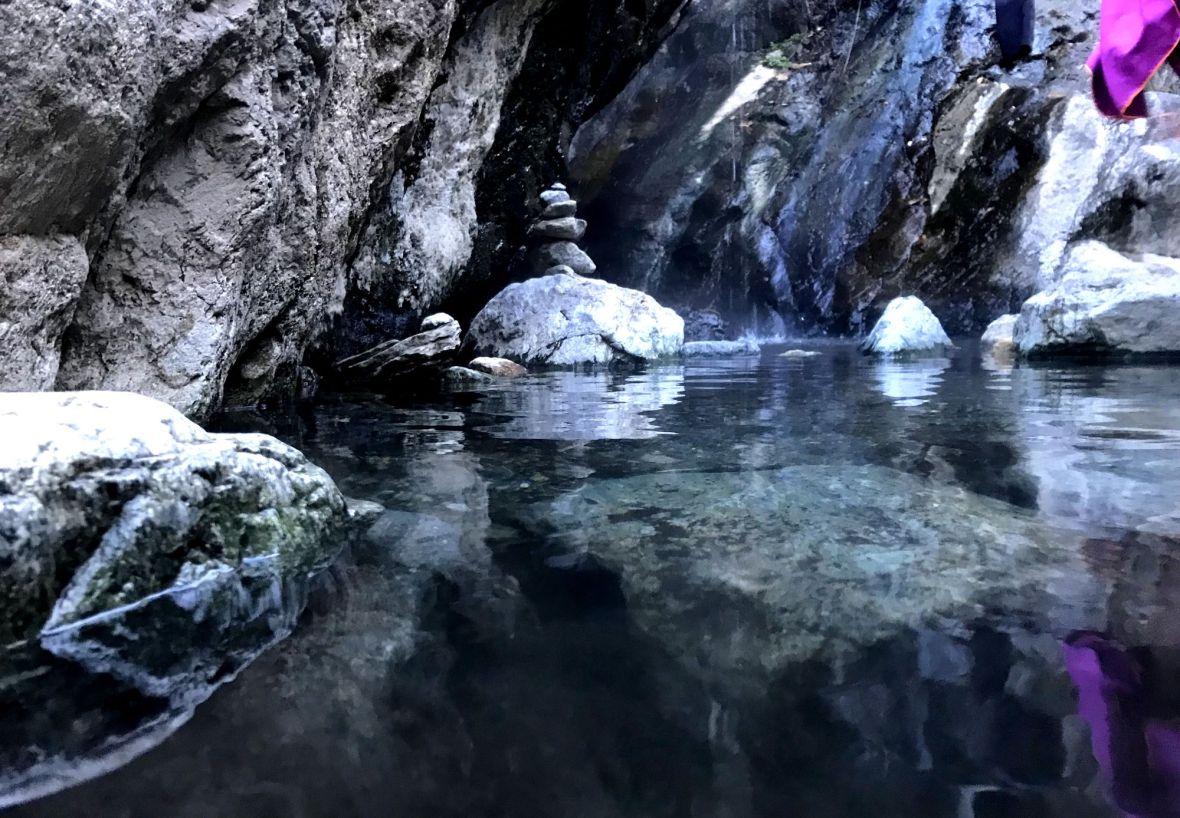 Bains chauds naturels et Sulfureux de Thuès gratuit rando