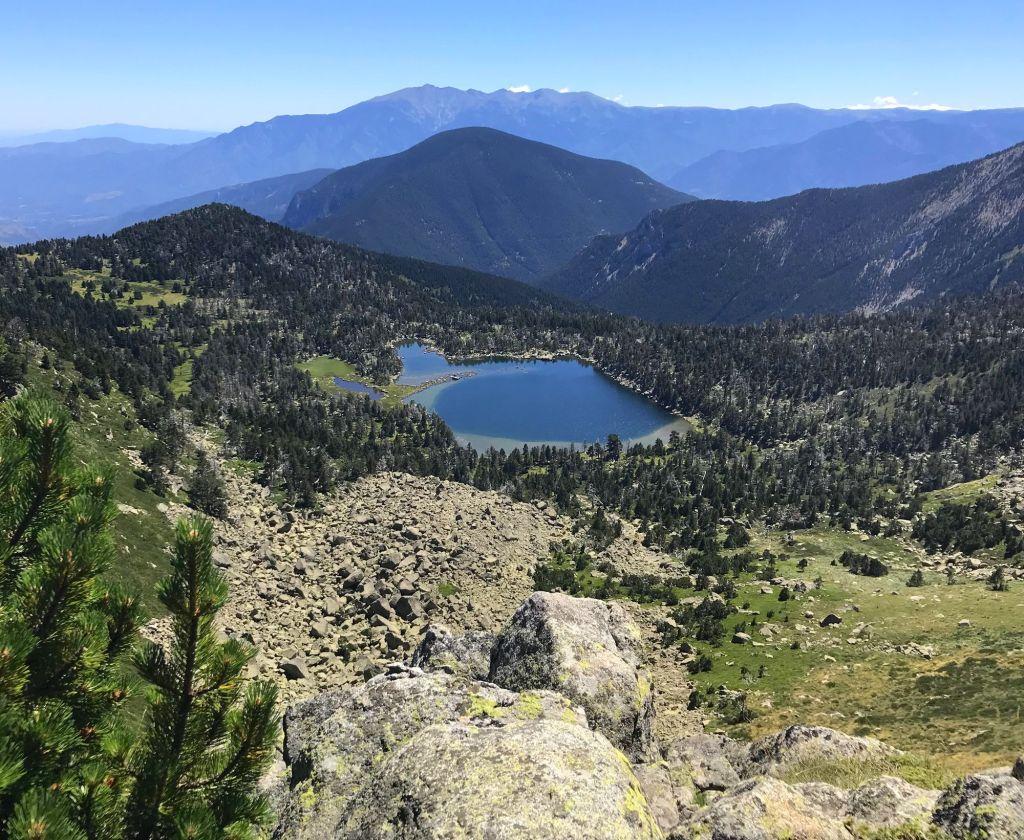 lac negre nohedes evol reserve naturelle massif du madres lac sauvage nature