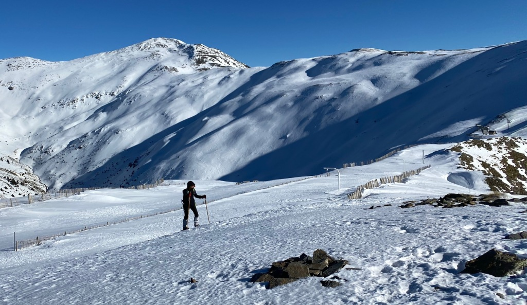 snowshoe trek pyrenees France  spain