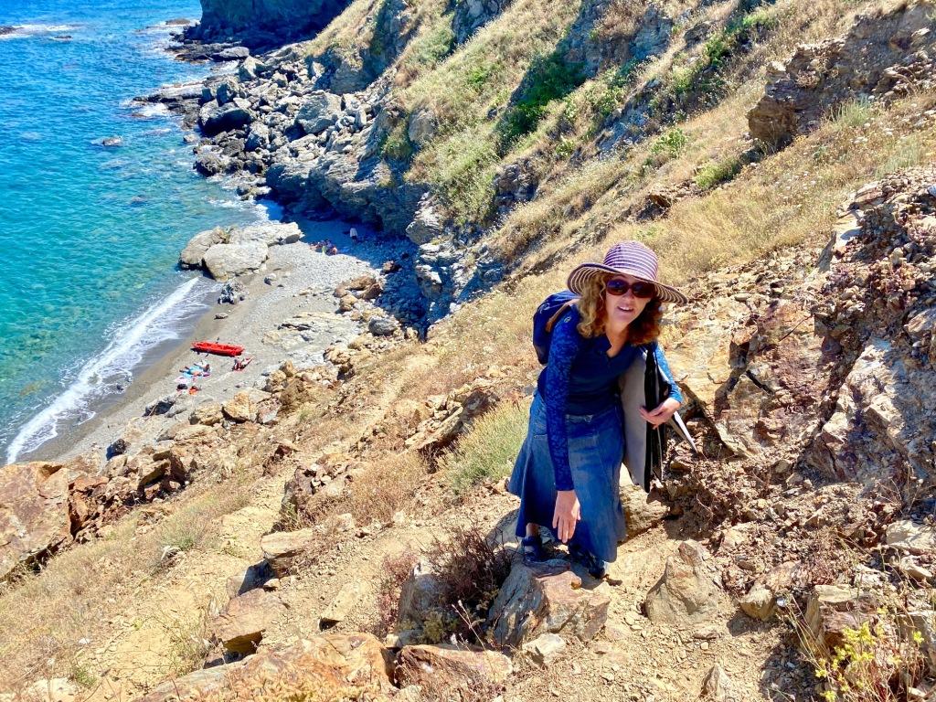 crique collioure deserte banyuls plage secrete naturiste sur la cote rocheuse casa ilicia