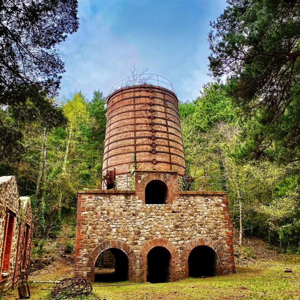 four des mines de fer du salver taurinya canigou fillos  visite gratuite
