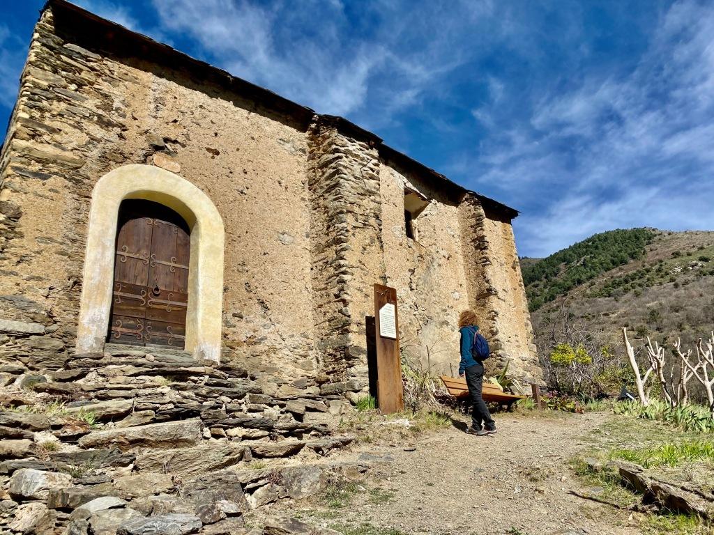 chapelle saint esteve evol plus beau village de france pres de olette villefranche vallée de la tet